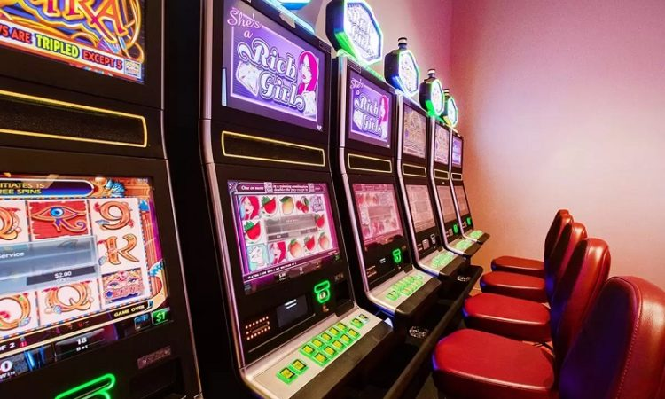 Some Advises For Beginners for Playing Online Slots - TT Fun Card